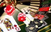 jeux de casino illustration cartes dés jetons roulette
